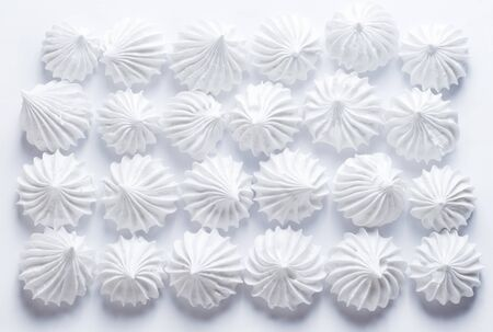 decoracion de pasteles: Francés de vainilla cookies de merengue Foto de archivo