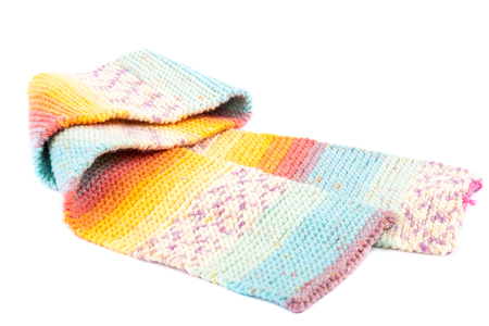 tog: Cold winter clothing - knitted wool scarf.