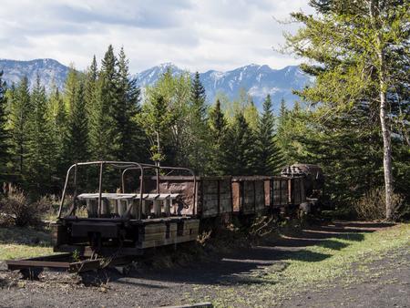 coal mining cars from lower bankhead, banff national park 版權商用圖片