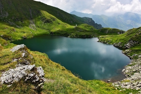 fagaras: Capra Lake in Fagaras mountains