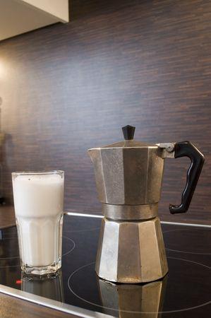 seized: latte macchiato