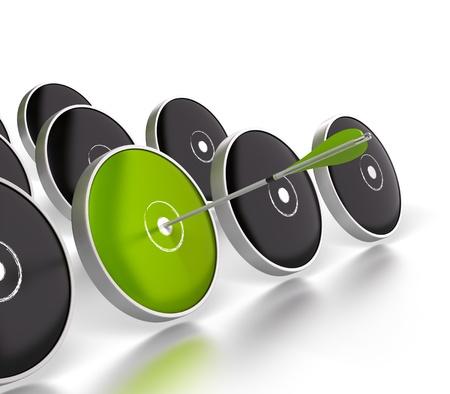 competitividad: destino verde adem�s muchos dardos negros sobre un fondo blanco, hay una flecha verde golpear el centro del objetivo verde