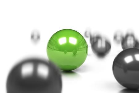 장점: 경쟁력과 비즈니스의 차이 개념, 많은 회색 공 및 운동 효과와 블러와 함께 흰색 배경 위에 하나의 녹색 sphre.