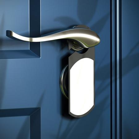 the handle: entrada de su casa, mango y gris colgada en la puerta, puerta azul, el diseño moderno