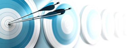 nesnel: Birçok mavi hedefleri ve birincinin merkezine ulaşan üç oklar