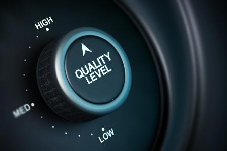 Qualitätsstufe mit niedriger, mittlerer und hoher Position, Taste in der höchsten Position, schwarzer und blauer Hintergrund, Unschärfeeffekt Standard-Bild
