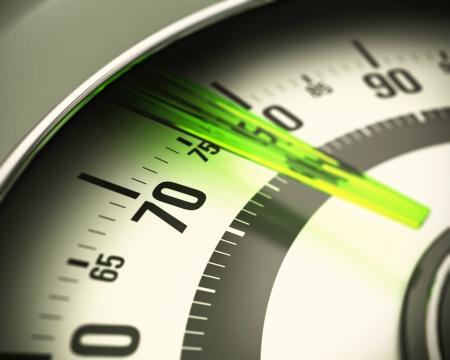 close-up op nummers van een badkamer schaal met groene doorschijnende pin, Blur-effect