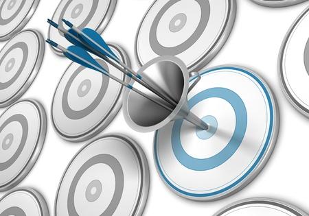 durchbohrt: Viele Ziele und eine blaue durch drei Pfeile durch einen Trichter durchbohrt