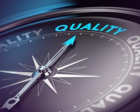Kompasnaald wijst op de blauwe tekst Blauwe en zwarte tinten met blur effect en focus op de belangrijkste woord Concept voor kwaliteitsmanagement