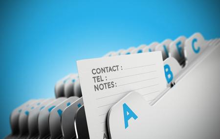 iletişim: Bir kişi notu, mavi arka plan üzerinde odaklanarak alfabetik organize Klasör sekmesi. Müşteri dosyası, müşteri veri yönetimi veya adres listesinin gösterim amacıyla kavramsal iş görüntü.