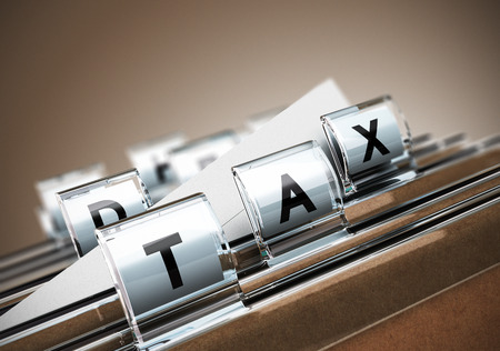 課税のイラスト単語税、ベージュ背景税金の概念を持つフォルダー タブ 写真素材