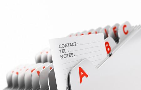 iletişim: Bir kişi nota, beyaz zemin üzerine odaklanarak alfabetik olarak organize Müşteri dosyası. Istemcileri baz veya umudu listesinin açıklanması için kavramsal iş görüntü.