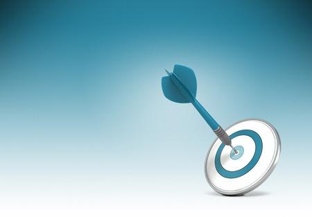 Un dardo golpear el centro de un blanco sobre fondo gradiant de azul a blanco. Ilustración del concepto de la fijación de metas u objetivos de negocio y lograrlo.