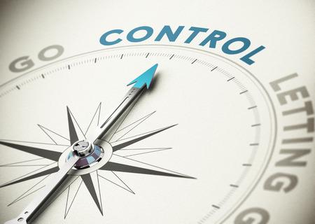 Concepto Psicología Brújula aguja hacia la palabra de control con tonos azules y beige