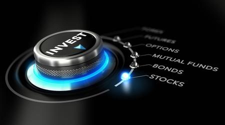 Schakel knop geplaatst op het woord stock, zwarte achtergrond en blauw licht. Conceptueel beeld ter illustratie van de beleggingsstrategie Stockfoto - 36565499