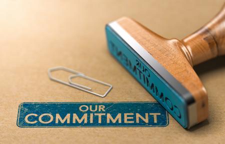 Illustrazione 3D di un timbro di gomma con il testo il nostro impegno stampato su sfondo di carta Archivio Fotografico