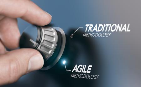 Man dreht den Knopf, um die Projektmanagementmethodik von traditionellem zu agilem PM zu ändern. Zusammengesetztes Bild zwischen einer Handphotographie und einem Hintergrund 3D.