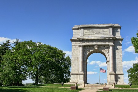 forge: National Memorial Arch monument honoring George Washington and his Continental Army in historic Valley Forge Pennsylvania