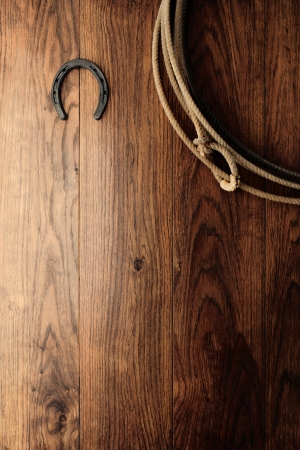 rodeo americano: Antiguo de herradura y aut�ntico Oeste Americano rodeo vaquero equipos Foto de archivo