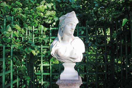 Woman sculpture in Summer Garden,。