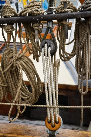 Old style rope, block and tackle photo