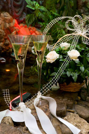 weddings glasses with by champagne