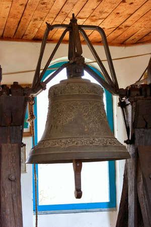 bell bronze bell: iglesia antigua campana de bronce