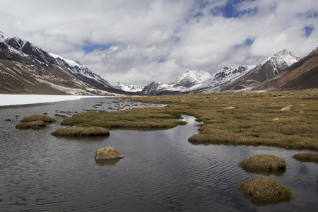 kirgizia: Barskoon valley in Kyrgyzstan, Tien Shan mountains.