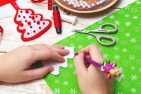 Artisanat de Noël. décorations de Noël Banque d'images - 67072392