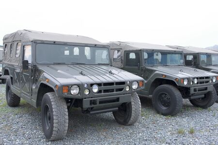 row of hummer car