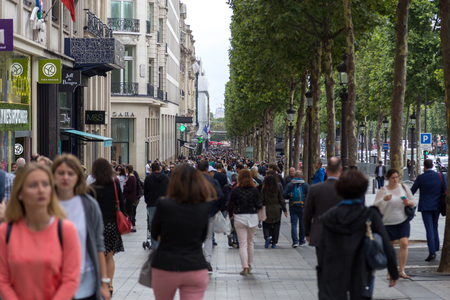 Avenue de Champs-Elysees, Paris
