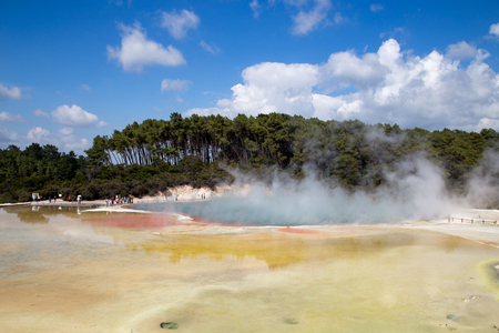 Wai-o-Tapu, New Zealand - February 25, 2015: The Champagne Pool in Thermal Wonderland Wai-O-Taipu close to Rotorua 報道画像