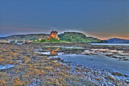 highlander: Eilan Donan en las tierras altas de Escocia, el ajuste de la pel�cula de Highlander