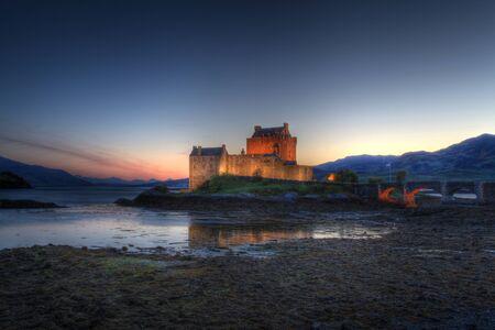 highlander: Eilan Donan en las tierras altas de Escocia, el ajuste de la pel?cula de Highlander