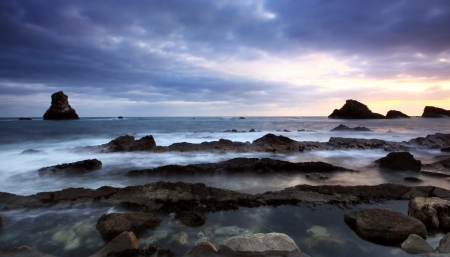 Rocks at Mupe Bay at sunset, Dorset Stock Photo - 17605073