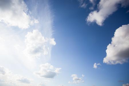 cielo: cielo azul con nubes portarretrato