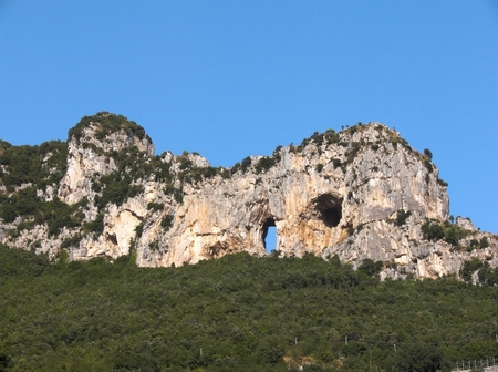positano: Positano the legend of Montepertuso