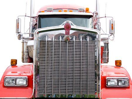 ciężarówka: stali grill czerwonych ciężarówek odizolowane na białym tle