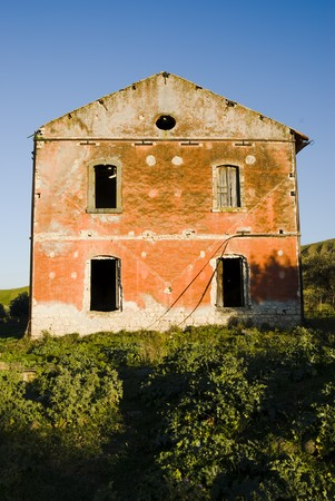 abandonment: Large House in abandonment