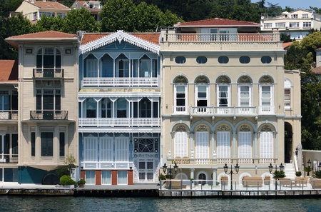 old palace on the Bosporus waterfront in Istanbul Stock Photo - 8877638