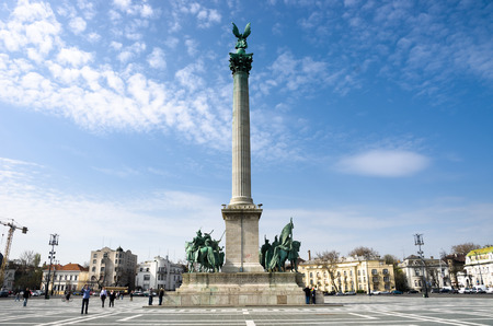 obuda: Budapest, column topped by a statue of the archangel Gabriel in Heroes Square