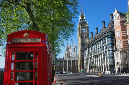 phonebooth: Big Ben and red telephone box in London