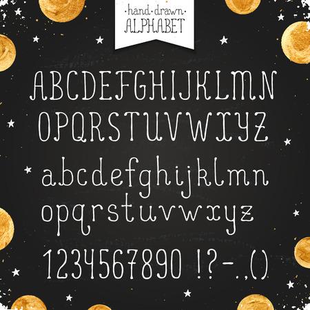 abecedario: Dibujado a mano alfabeto estrecho. letras finas may�sculas y min�sculas y n�meros en la pizarra. handdrawn tipograf�a. la fuente del doodle estrecha con los puntos de oro.