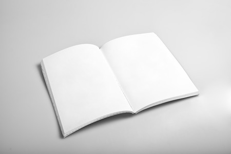 Open magazine with blank white pages mockup 版權商用圖片