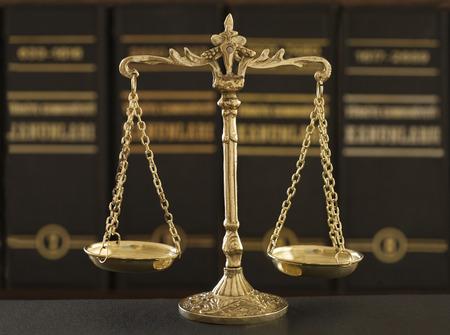 autoridad: Conjunto de objetos sobre la ley