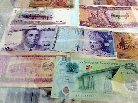 Antique banknotes Stock Photo - 22832999