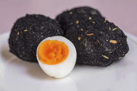 chaff: Preserved salted duck eggs with chaff and ashes - Thai recipe