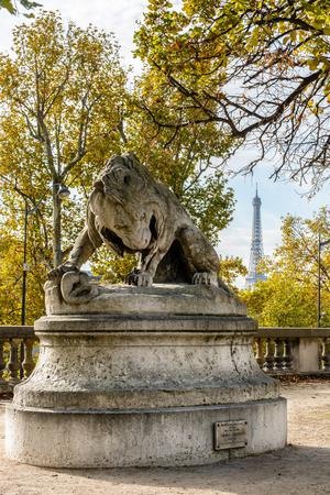 stone lion: The sculpture