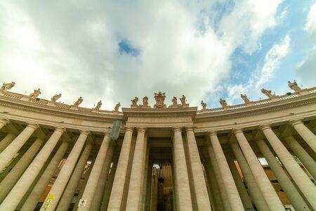 Bernini's colonnade, St. Peter's Square, Rome, Italy Banco de Imagens