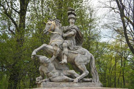The Jan Sobieski statue in Lazienki Park. Monument of Sobieski in Warsaw Standard-Bild